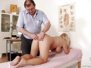 Порно видео пизды зрелых дам