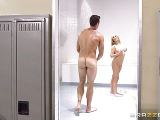 Смотреть жестокое порно с большими сиськами