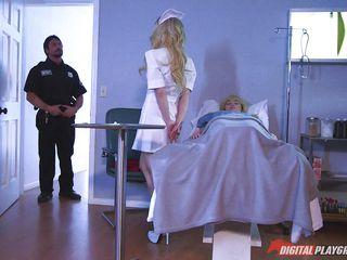 Доктор при муже порно